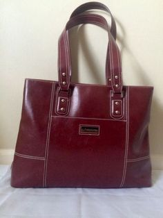 Beautiful Franklin Covey red faux leather laptop briefcase bag. Both sides of main zip pocket has a snap closure pocket for use as well. 3 slip pockets for cards, 1 slip pocket to secure cell phone, 2 pen holders, 2 slip pockets and 1 zipper pocket. | eBay!