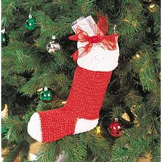 My favorite source for arts and crafts: Free Christmas Stocking Crochet Pattern Crochet Christmas Ornaments, Christmas Items, Christmas Stockings, Tapestry Crochet, Crochet Motif, Holiday Crochet Patterns, Christmas Patterns, Crochet Stocking, Craft Patterns