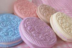 Pastel Oreos girl cookies pretty pastel candycolors oreos