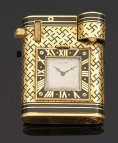 I really love Beauty Bling Jewelry! Jewelry takes people's minds off your wrinkles. Custom Lighters, Cool Lighters, Smoke Photography, Buy Edibles Online, Father Time, Art Nouveau, Smoking Accessories, Cigarette Case, Bling Jewelry