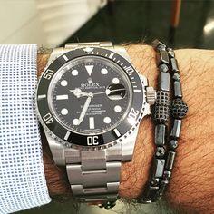 Rolex Oyster Perpetual Date Submariner 116610LN Black Ceramic Bezel 40mm