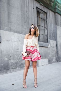 Vintage_Clutch-Striped_Skirt-Blouse-Alexander_Wang_Shoes-Outfit-Street_Style-19