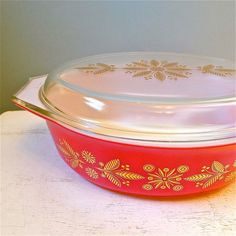 $39 Vintage Pyrex red Christmas casserole dish 1961
