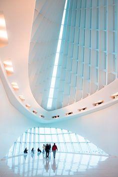 The Quadracci Pavilion atMilwaukee Art Museum (MAM), designed by the awesomeSantiago Calatrava.