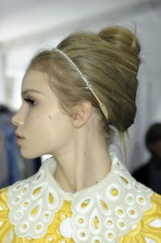 "- AM IN LURVE WITH... -   - Fifties style ""BOUFFANT UPDO-S"" set the mood at Jean Paul Gaultier, Diane von Furstenberg and Fendi. The more voluminous look was in all its glory at Jil Sander -  - SALONMAGAZINE.CA -"