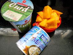 Easy mango mouse, no eggs or cooking needed...pure vegetarian mousse with fresh mangoes.