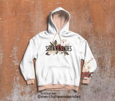 Shawn Mendes Clothes, Shawn Mendes Shirts, Shawn Mendes Tattoos, Shawn Mendes Concert, Shawn Mendes Cute, Shawn Mendes Imagines, Shawn Mendes Sweatshirt, Mendes 98, Mendes Army