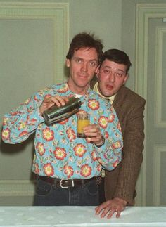 """A Bit of Fry and Laurie."" Jeeves and Wooster! British Humor, British Comedy, British Guys, Jeeves And Wooster, Crazy Funny Pictures, Hugh Laurie, Monty Python, Ozzy Osbourne, Celebs"
