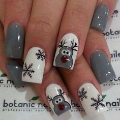 Festive Christmas Nail Art Designs & Ideas for New Year 2020 Beautiful Christmas Nail Art Designs,Christmas nail designs Christmas acrylic nails, long nails, short nails Christmas Nail Art Designs, Holiday Nail Art, Winter Nail Art, Winter Nail Designs, Cute Nail Designs, Acrylic Nail Designs, Acrylic Nails, Nail Art For Christmas, Christmas Makeup