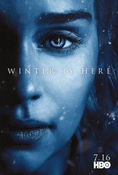 Ao lado do lançamento do segundo trailer da nova temporada, a HBO divulgou os pôsteres de personagens, com arte inspirada no Rei da Noite e...