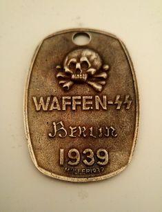 WW2+German+Waffen+SS+badge