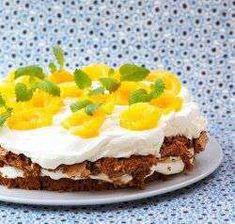 Valnøttkake med aprikos Pudding Desserts, Mashed Potatoes, Food And Drink, Pie, Baking, Ethnic Recipes, Cakes, Pie And Tart, Pastel