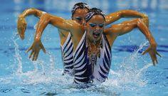 FOTOS: las increíbles piruetas en nado sincronizado de Londres 2012