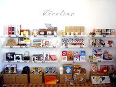 Caroline Concept Store, también tiene su espacio en el Summer Market Xàbia, con novedades que solo encontraras aquí. Estamos en la Avd. de Alicante 7, centro Histórico de Jávea. Abierto todos los días de 19:00 a 00:00h. Y también los jueves, viernes y sabados de 10,30 a 14,30h.