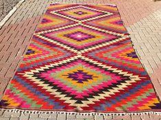 Azra Kilim Rug What G R E A T Colours Home Stuff