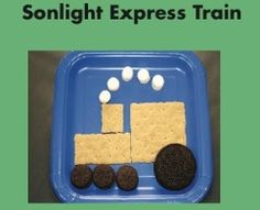 Graham Cracker Train Snack (wheels are oreos & mini oreos & marshmallow smoke puffs)