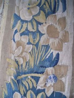 AUBUSSON TAPESTRY ANTIQUE FRENCH 17TH-CENTURY CHATEAU WINE BORDEAUX
