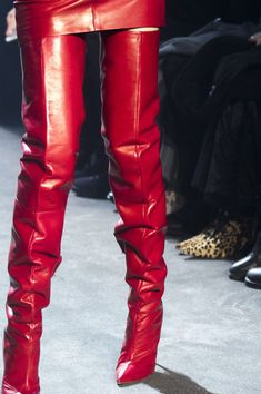 Alexandre Vauthier at Couture Spring 2018 - Details Runway Photos slouchy red thigh boots Thigh High Boots, High Heel Boots, Over The Knee Boots, Heeled Boots, Warm Boots, Red Boots, Long Boots, Alexandre Vauthier, Leather Fashion