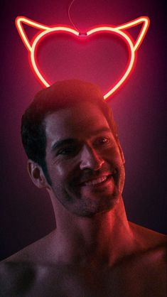 lucifer and chloe ; Tumblr Wallpaper, Iphone Wallpaper, Lucifer Wings, Films Netflix, Tom Ellis Lucifer, Tumblr Love, Angel And Devil, Morning Star, Satan