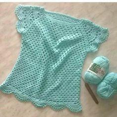 No hay ninguna descripción de la foto disponible. Crochet Shirt, Crochet Cardigan, Knit Crochet, Crochet Summer Tops, Crochet For Kids, Crochet Stitches, Crochet Patterns, Knitting Patterns, Crochet Woman