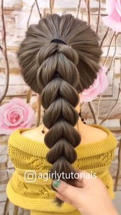 Visit to get around hairstyle tips nail art and a variety of needs for a healthy body Hairstyle Haircare Nailart naildesign Easy Hairstyles For Long Hair, Cute Hairstyles, Beautiful Hairstyles, Party Hairstyles, Black Hairstyles, Hairstyles Videos, Kid Hairstyles For Girls, Weave Hairstyles, Little Girl Wedding Hairstyles