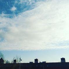 Sky Blue #soulfoto #minimalism #minimal #spring #hamburg #igerhamburg