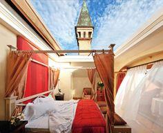 Nine Amazing Outdoor Hotel Suites L'Albereta Erbusco, Lombardy, Italy Outdoor Beds, Outdoor Bedroom, Outdoor Rooms, Resorts, Air Hotel, Chateau Hotel, Suite Principal, Booking Com, Beste Hotels