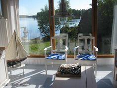 Summer cottage by the sea / Kesämökki meren rannalla