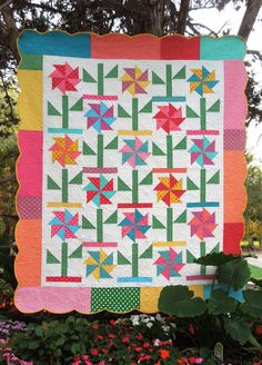 Gracie's Garden Quilt Pattern by nelliesneedlequilts on Etsy