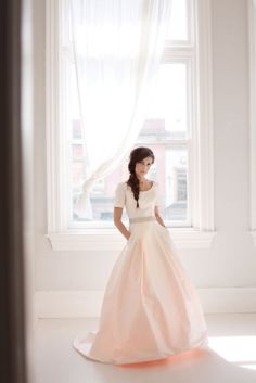 Modest wedding dress with pockets. -Love it!..I could see my little sis in this