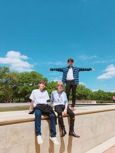 Doyoung, Jaehyun e Taeil