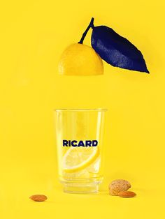 Ricard - Jaune Lemon - still life - artistic direction - animation - drink . - Ricard – Jaune Lemon – still life – artistic direction – animation – drink – Art direct - Stop Motion Photography, Ad Photography, Advertising Photography, Motion Design, Miniature Calendar, Animation Stop Motion, Lemon Art, Page Layout Design, Design Ios