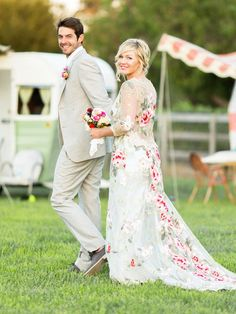 Stunning Pictures From Jennie Garth's Gorgeous Wedding ...