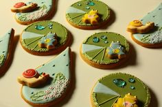 So cute! Lily pads, frogs, raindrops, snails by Farina farina.