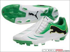pumas soccer shoes