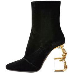 シューズ ❤ liked on Polyvore featuring shoes, boots, ankle booties, heels, roberto cavalli, heeled ankle booties, heeled booties and heeled boots