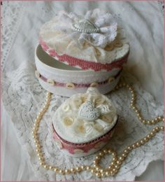 shabby altered  boxes   DIY::Shabby Altered Box Tutorial- Adorable   Alice what do you think