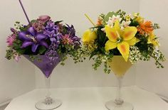 Martini Glass Floral Arrangements, cute idea maybe more tropical flowers like hibiscus for me though. Martini Glass Centerpiece, Floral Centerpieces, Flower Crafts, Diy Flowers, Wedding Flowers, Tropical Flowers, Modern Floral Arrangements, Flower Arrangements, Flower Boxes