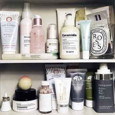 Peek inside my #itgtopshelfie #skincareoverload www.liketk.it/21WIo