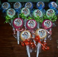 SPOON TOWEL FAVOR crafts towel favor good for baby shower /christening/ baptism even on birthday, we customize design according to your theme or motif for order and inquiry please pm me or contact me at +639278570959 / +639237414843