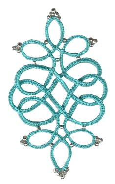 Tatted Celtic Diamond Pendant by Ruth Perry with free tatting pattern