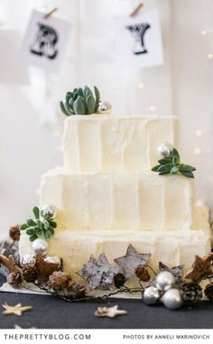 An excellent way to treat yourself and loved ones with this festive cake | Photography: Anneli Marinovich
