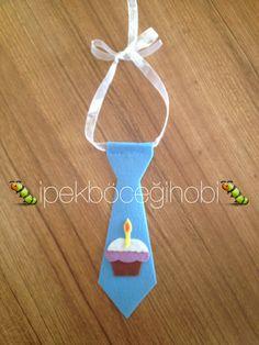 Doğum günü için yakışıklılara kravat