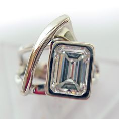 A new life for an old diamond. modernartjewelry.net