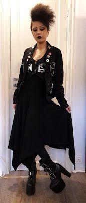 Caroline Sometimes: Party Look & More Fun Stuff    #goth #gothgirl #diy