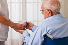 Pergunta Sou aposentado por invalidez e preciso de cuidados dirios Quais os meus direitos