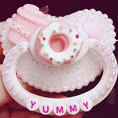 Baby Girl Daddykink Chupeta 21 New Ideas Ddlg Pacifier, Bling Pacifier, Binky, Daddys Little Princess, Daddy Dom Little Girl, Little Doll, Little My, Little Pets, Daddy King