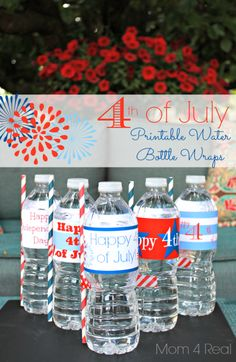 of July Printable Water Water Bottle Wraps from Pearl Pearl Liu Kielman {Mom 4 Real}. Perfect for your patriotic party! Patriotic Party, Patriotic Crafts, July Crafts, Holiday Crafts, Holiday Fun, Holiday Ideas, Holiday Foods, 4th Of July Celebration, 4th Of July Party