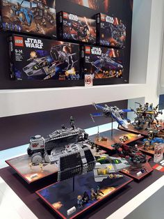 Post with 846 votes and 5695 views. First picture of the new Star Wars sets Lego Star Wars, Star Wars Set, Star Wars Toys, Legos, Jouet Star Wars, Van Lego, Lego Army, Cool Lego, Awesome Lego