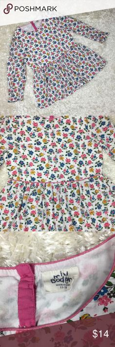 Mini Boden Floral Long Sleeve Shirt Size 11-12 YR Floral long sleeve that buttons in back. Mini Boden Shirts & Tops Blouses